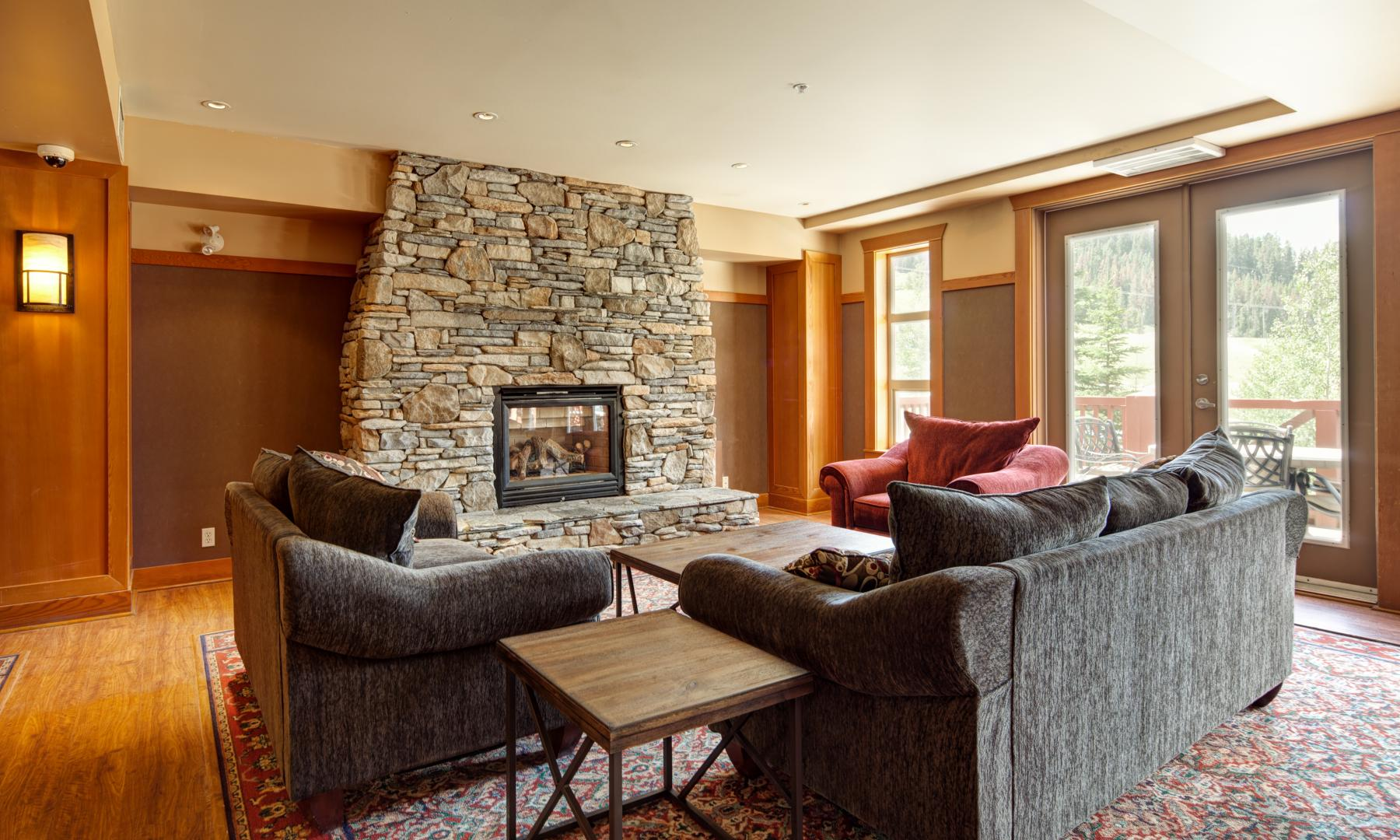 Panorama Springs Lodge Lobby